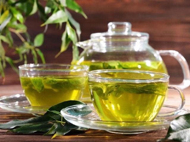 Cách chữa cháy nắng bằng trà xanh