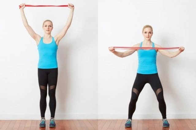 Bài tập Jumping Jacks with Resistance Band Lat Pulls