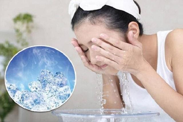Chườm đá lạnh giúp giảm tình trạng dị ứng da