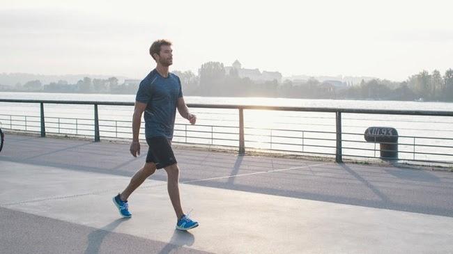 Đi bộ cũng là một bài tập chống xuất tinh sớm mà nam giới nên áp dụng