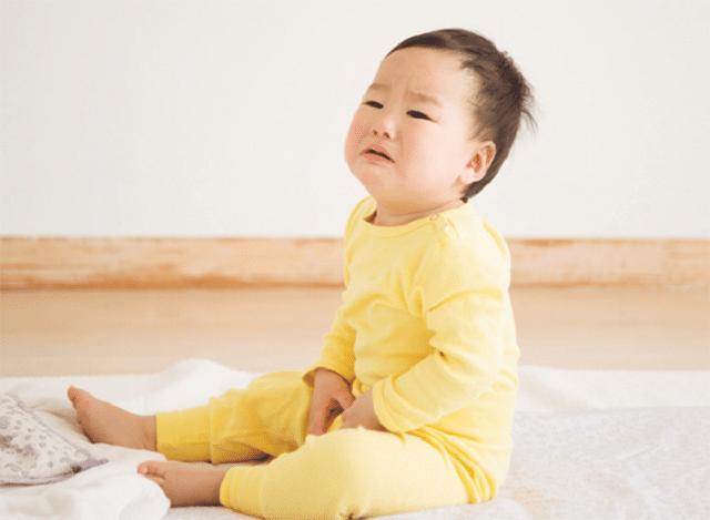 Rất nhiều dấu hiệu nhận biết trẻ bị nhiễm giun