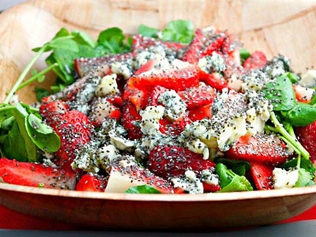 Hạt chia trộn salad