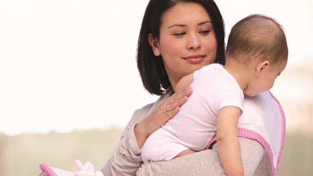 Cách chữa đầy hơi cho trẻ sơ sinh